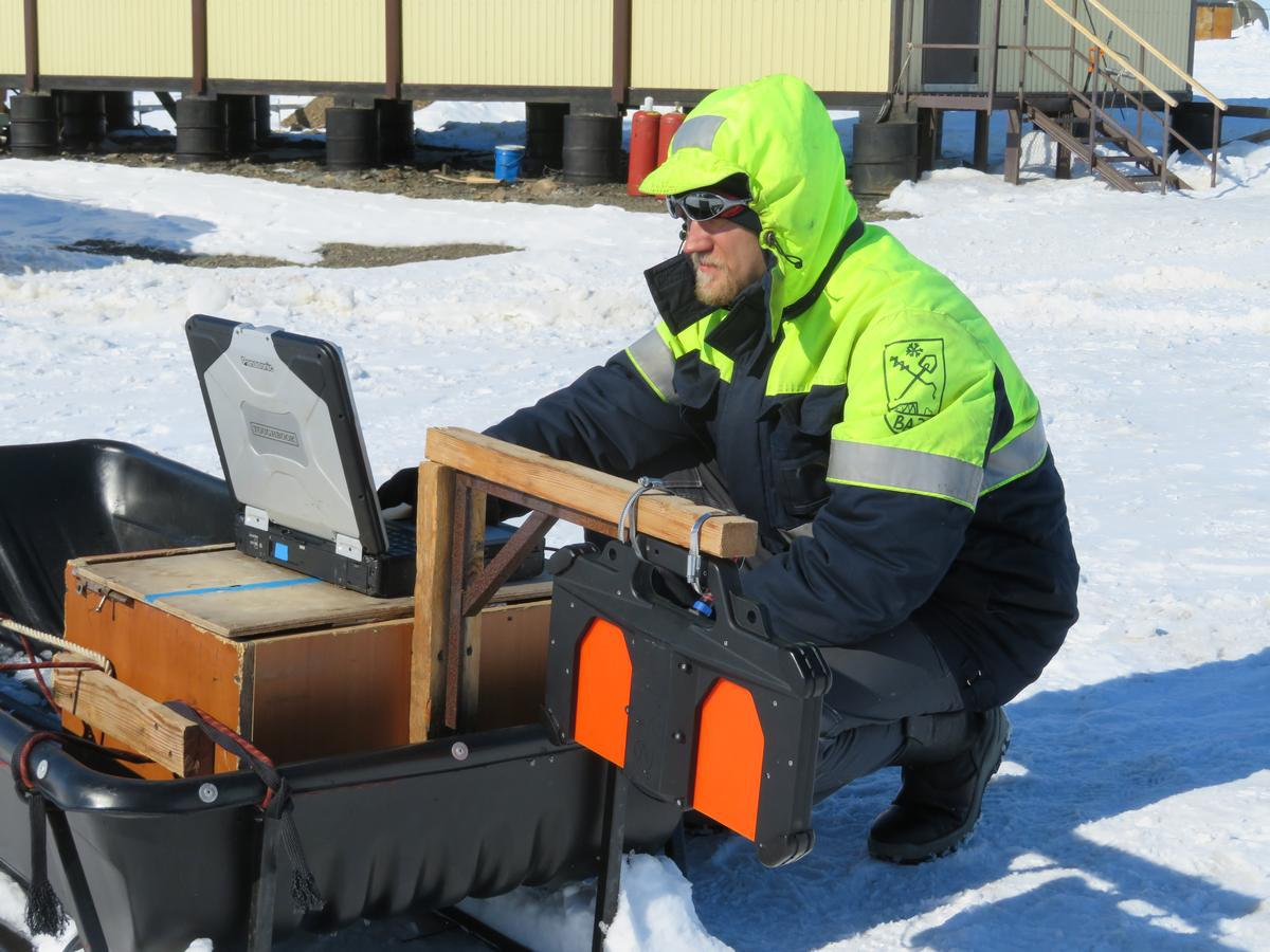 Работа с Пикор-Лёд ведется на Архипелаге Северная Земля 2017г. (ААНИИ, Росгидромет)